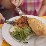 【ヒルナンデス!で紹介】札幌 ドイツのアイスバインのハンバーガー『エッセンサッポロ』のお店はどこ?『北海道物産展』